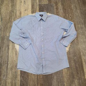 Stafford Men's Performance Super Button Down